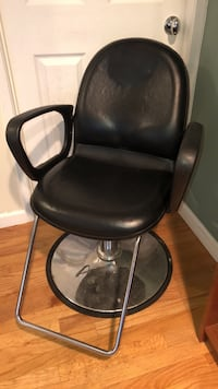 Hair styling chair or Barber Chair