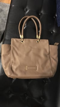 Marc by marc jacobs  leather tote bag River Grove, 60171