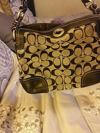 Authentic Coach purse Vancouver, V5M 1W9