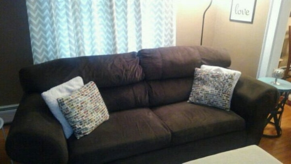 Chocolate Brown Sofa And Loveseat Good Condition