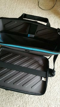 black and blue folding chair Vancouver, V5L 1Z3
