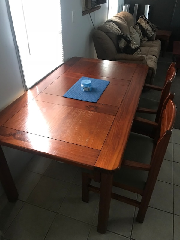 Kitchen table 6 chairs padded seats 38 x 66""