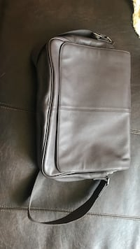 Genuine leather laptop or shoulder bag must. Go Arlington, 22202