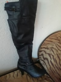 unpaired black leather knee high boots Los Banos, 93635