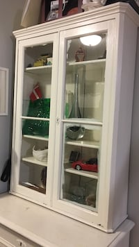 Antique white cabinet with base and hutch, will need to be refinished. In solid condition. Vaughan, L6A 2K9
