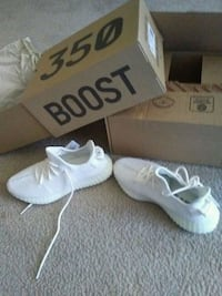 pair of white Adidas Yeezy Boost 350 with box Temple Hills, 20748