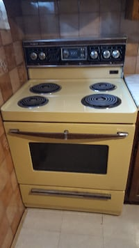 Yellow electric coil range oven Montreal
