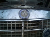 Mercedes grill, no idea what year. Urbandale