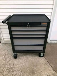 NEW!! 5-Drawer Roll Away Tool Chest Bettendorf, 52722