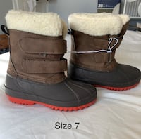 Snow boots size 7 Pittsburgh