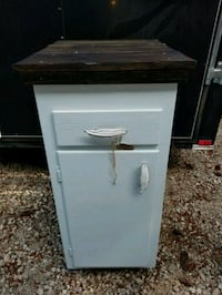 white and black wooden cabinet Oregon City, 97045