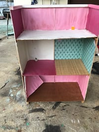 Barbie house homemade could be fixed up Vonore, 37885