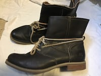 Ladies Timberland boots.  Size 10 New York, 10035