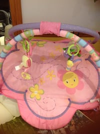 Like new baby activity gym for $15 Toronto, M1V 2N7