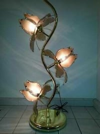 Vintage mid-century brass lotus flower lamp Riverside, 92506