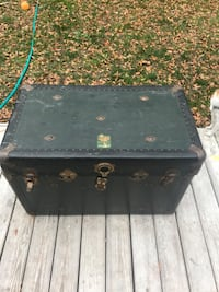 Vintage chief multnomah trunk! Virginia Beach, 23464