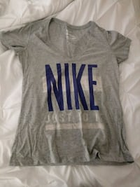Nike women shirt Palmdale, 93552