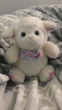White and pink sheep plush toy, it very cute and small.