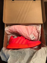 pair of red Adidas low-top sneakers with box Los Angeles, 90019