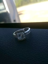 Ring for sale  Adamsville, 38310