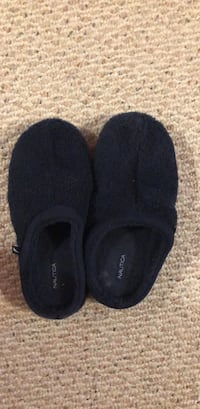 Houseshoes  Olive Branch, 38654