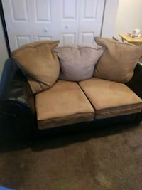 brown leather 2-seat sofa Washington, 20032