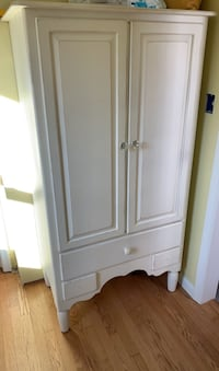Armoire; clothing; shabby chic