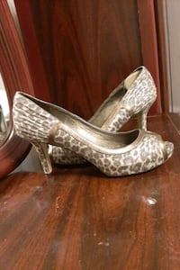 ladies heels high heels dress shoes Edmonton, T6L 6L6