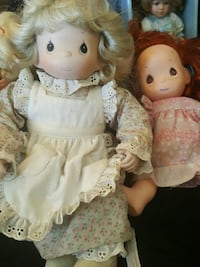 blonde haired girl doll