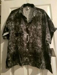 Lularoe large Amy button-up shirt Queens, 11385