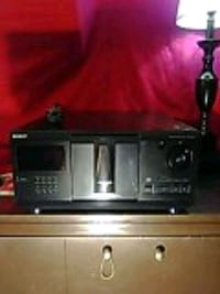 SONY - 200 Disc CD Carousel/Changer