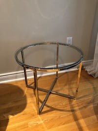 Beautiful Coffee or side glass table Markham, L3R 0G2