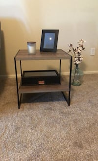 End table Widefield, 80911