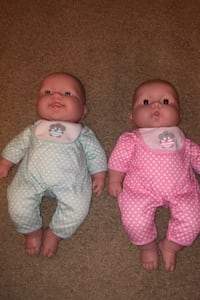 Twin baby dolls great condition