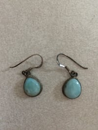 Earrings Hamilton, L8E 6C4