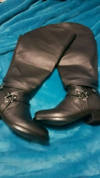 Over the knee boots  Hamilton, L9H 1B8