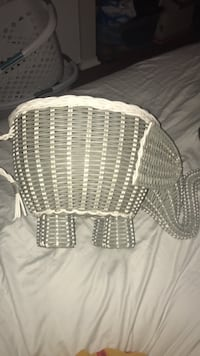 Pottery Barn Elephant Basket St. Louis, 63118