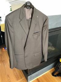 Jos A. Bank 46L luxurious wool suit NWT Ashburn, 20148