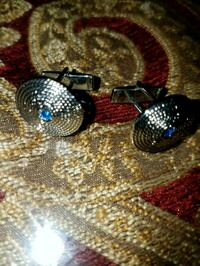 Blue crystal and silver cuff links Hagerstown, 21740