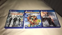 PS4 Games W/Stand 733 mi