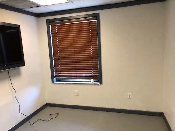 Office space to rent 74677ffe-ee64-4c63-aec2-48792fc57715