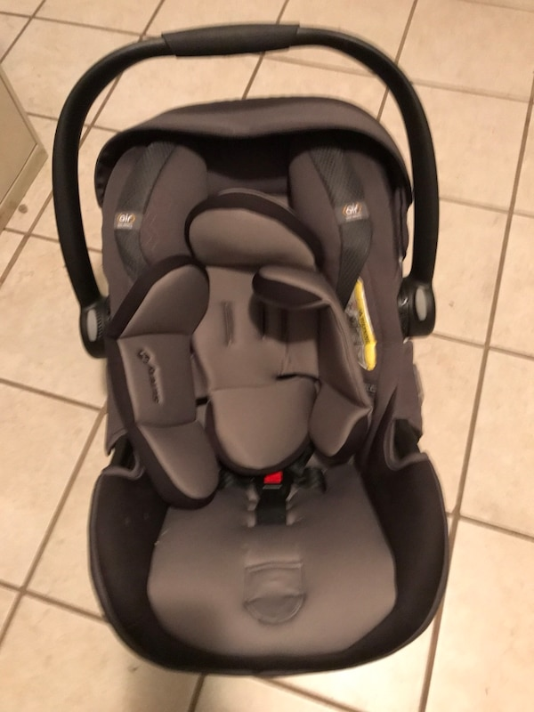 325c83b3758 Used Baby s black and gray car seat carrier for sale in Cleveland ...