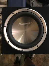 Pineer Car Speakers Santa Ana, 92704