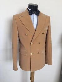 brown double-breasted coat Toronto, M1B 2B9