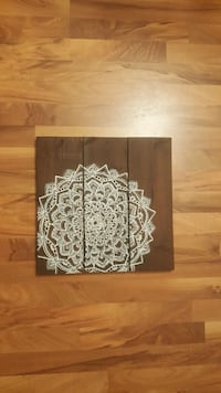 brown wooden 3-panel wall decoration Kelowna, V1X 3H6