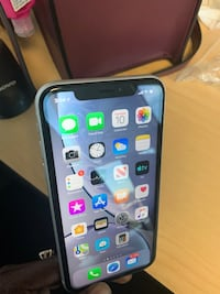 Unlocked IPhone XR white