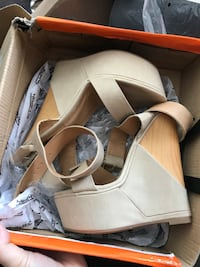 Shiek nude wedges  Los Angeles, 90247