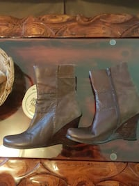 Brown leather size 8 619 km