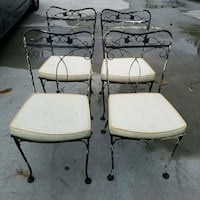 beautiful set of 4 vintage chairs Virginia Beach, 23455