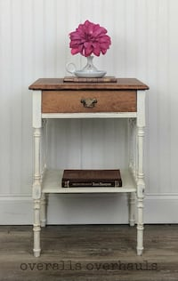 Vintage Night Stand / Accent Table Apopka